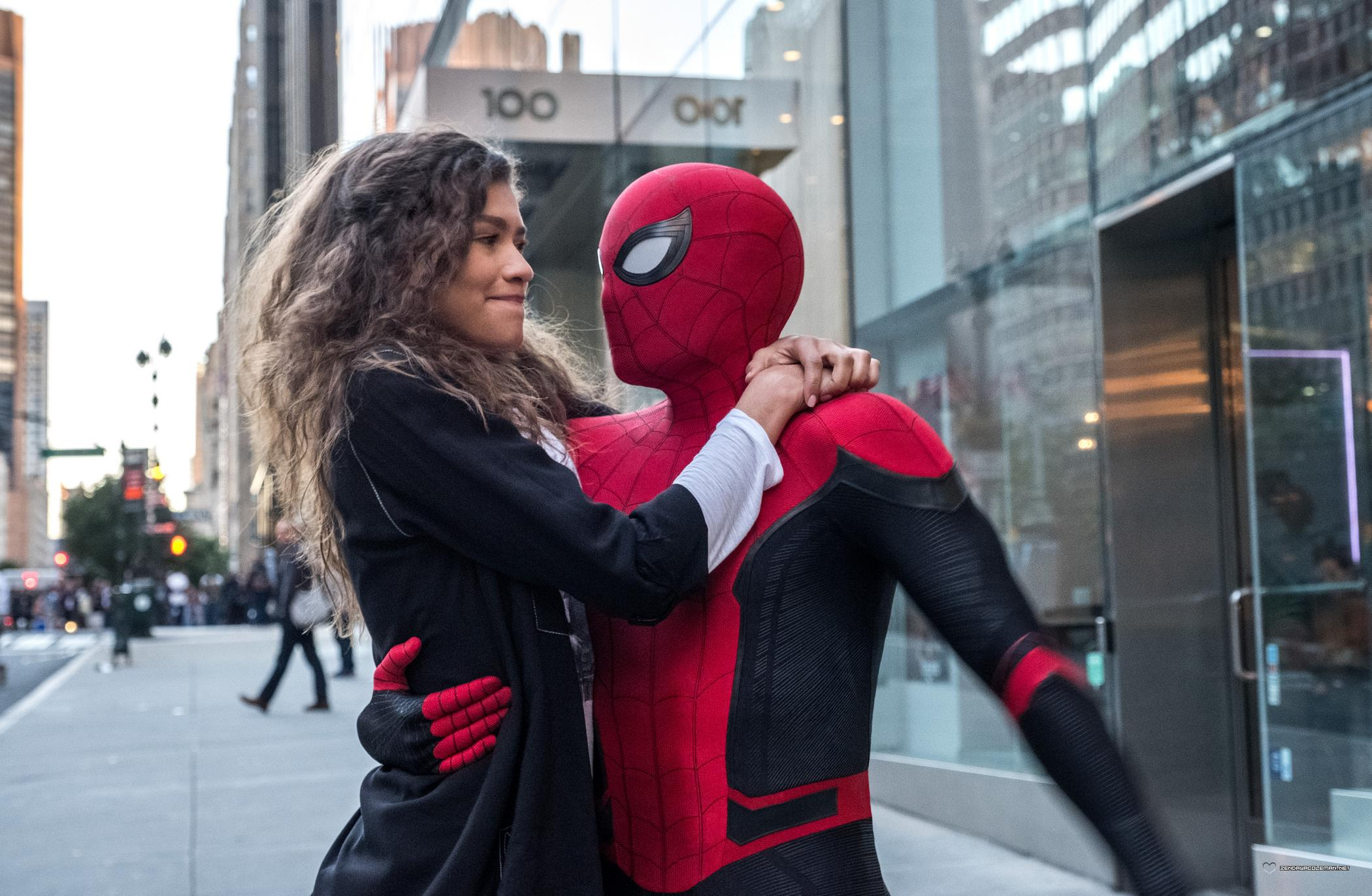 Press: Far From Home Becomes First Spider-Man Movie to Cross $1 Billion at the Box Office